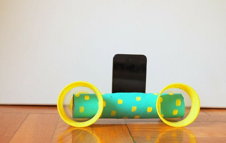 Pink Stripey Socks: DIY IPod Speakers from cardboard roll and cups