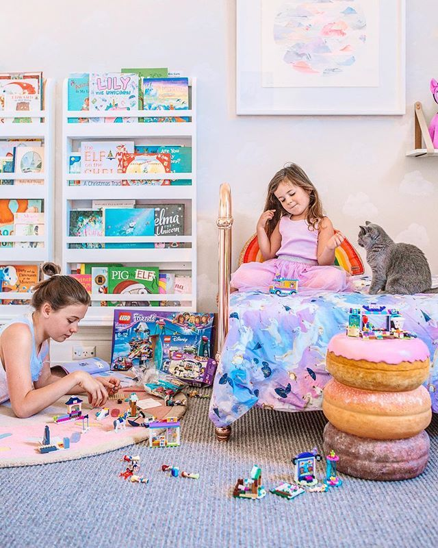 Sisters that play together 👯♀️ 🤗❤️✨. I don't exaggerate, this lasted FOUR HOURS today 💃🏻. Ruby is so lucky to have a much older sister to play @LEGO with and who tolerates the constant stealing of LEGO people (and nagging to swap her quarter built creation for Lily's fully established sets!) And how lucky am I that it keeps them (and even the cat!) busy so long. Cleaned the house, latte, chat on the phone. WINNING. #serenity #sisters #LEGOXmas #BuildItTogether #ad