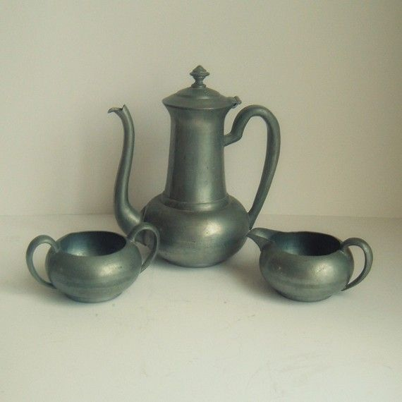 Oh So Adorable Vintage Tea Set : ... /tea pot with sugar and creamer. the shape is so awkwardly adorable