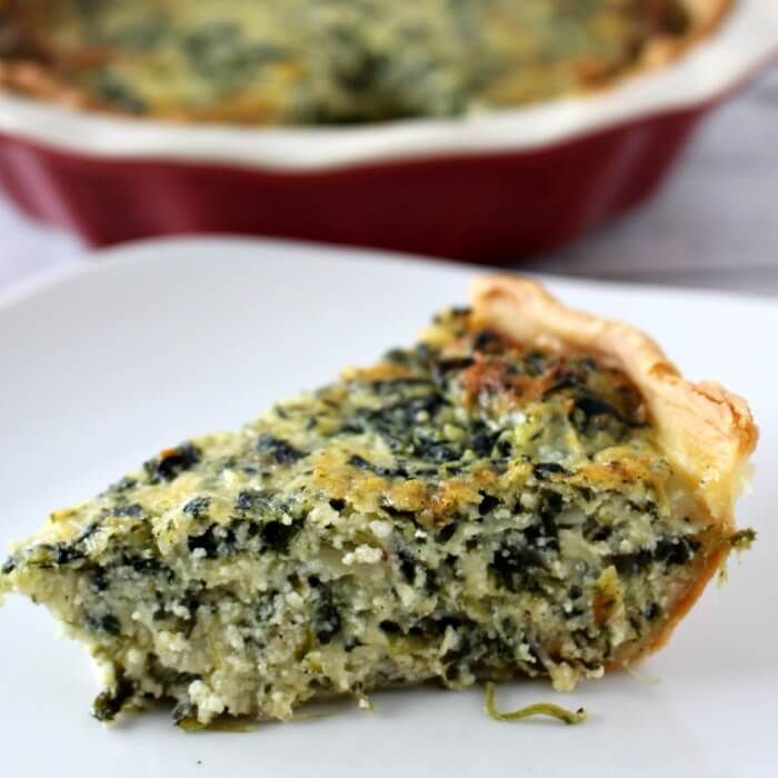 this Easy Spinach Pie recipe is just that, but more! It is not only easy, is DELICIOUS! This is a great recipe to whip up during the day and pop in the oven in time for dinner!