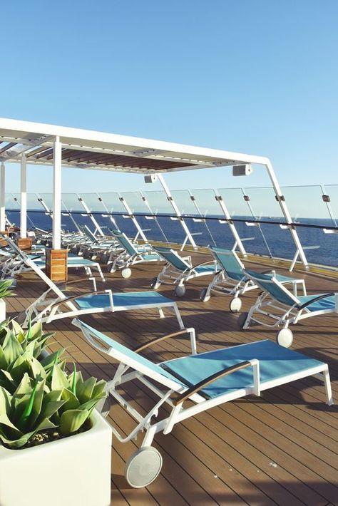 """Travel   """"Mein Schiff"""" und ich – welche Dinge ich bei meiner ersten Mittelmeer Kreuzfahrt über mich und den großen Pott gelernt habe   luziapimpinella.com"""