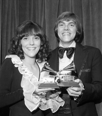 Karen and Richard Carpenter pose with their Grammys during the 14th annual 1971 Grammy Awards at New York's Felt Forum, in this March 14, 1972 file photo. (AP Photo)
