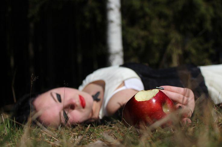 #Gothic: Snow White Inspiration (Effi Reinhardt)