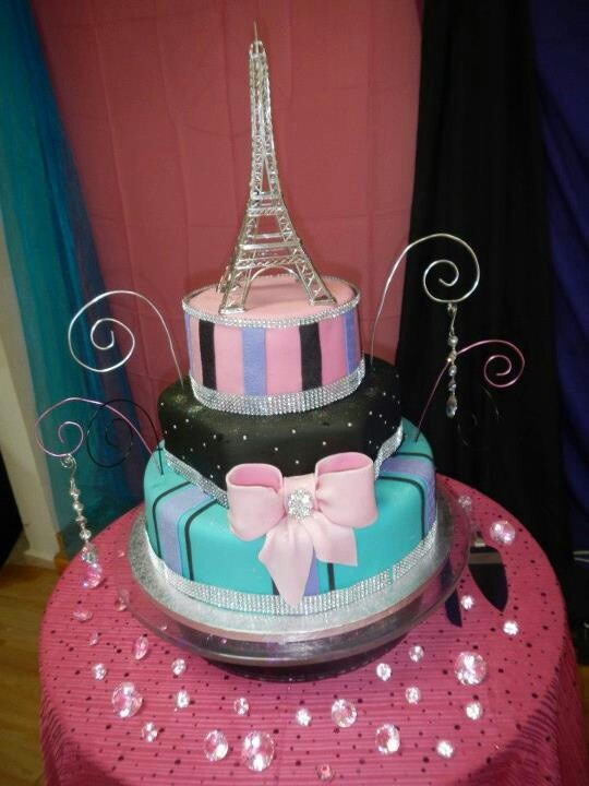 Eiffel Towers Cake Shop