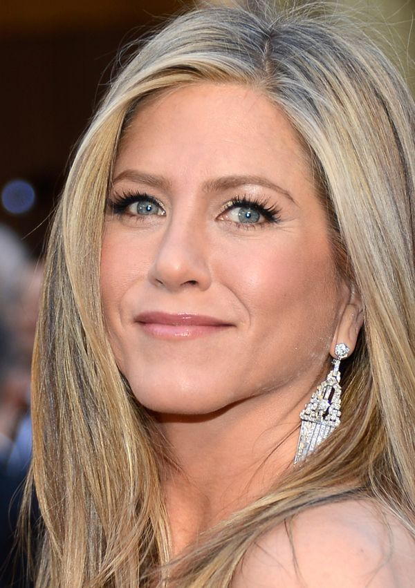 266 best Jennifer Aniston Style images on Pinterest ... Jennifer Aniston Makeup