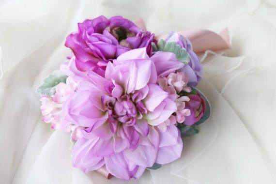 Purple Ladies Wrist Corsage, Bridesmaid Corsage, Mothers Corsage, Silk Flower Corsage, Wedding Corsage, School Formal / Prom Corsage