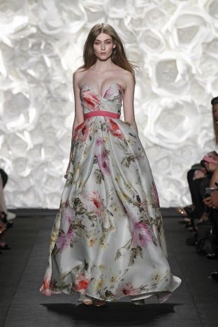 SS15 NEW YORK FASHION WEEK Naeem Khan 7afeb560eeeb