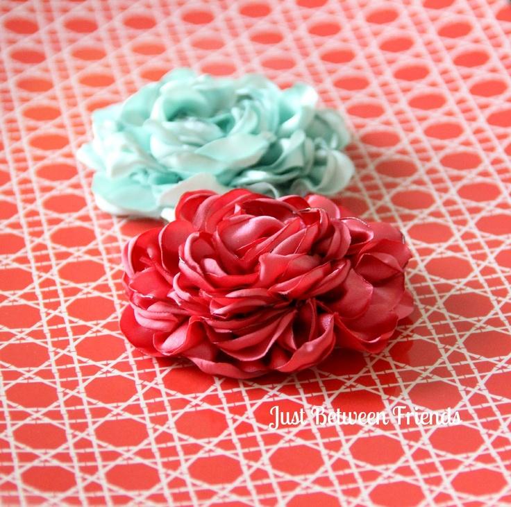 Fancy Flowers Tutorial: Hairbows, Hair Flowers, Friends, Fancy Flowers, Satin Flowers, Hair Bows, Flower Tutorial, Fabrics Flowers, Flowers Tutorials