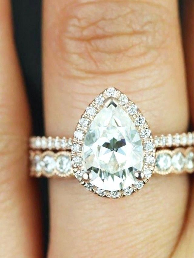 27+ Pear shaped engagement rings with wedding bands ideas info