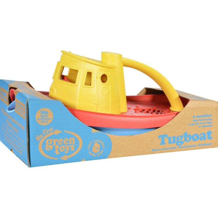 Embark on a cruise across the bathtub. Navigate the wading pool. Even splash around in the occasional mud puddle. There's no end to the Good Green Fun young sailors can have with the Green Toys Tugboa