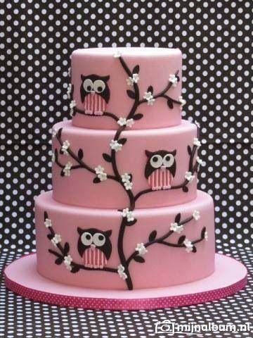 http://www.deleukstetaarten.nl/forum/viewtopic.php?id=182785 Cakes by Bien