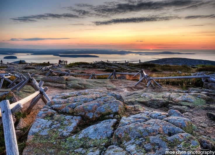 Cadillac Mountain, Maine in Hancock county. First place the sun shines in the States. I WILL see this #moechen photography