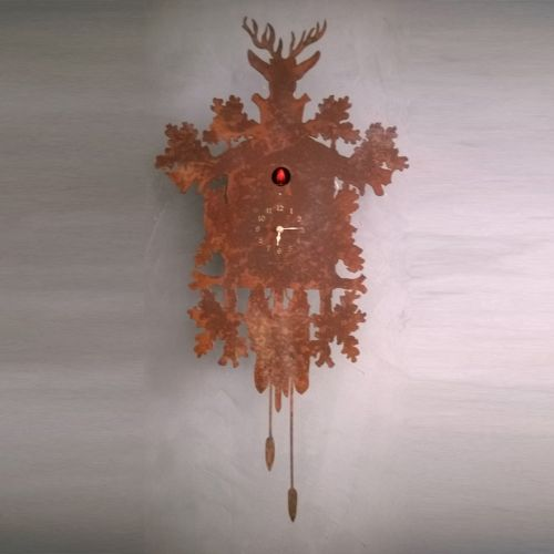 The traditional cuckoo clock of the black forest proposed in a modern and original version, for those who want to decorate your home with a unique design object. Functional and innovative furniture and is ideal as a complement to the modern to the ancientBig rusty metal wall clock, two hands and 12 arabic numbers / hour The cuckoo emerges to sound the hour and lifts its wings with each call. The sound itself is a soft double echo cuckoo backed by a very faint soothing sound of running w...