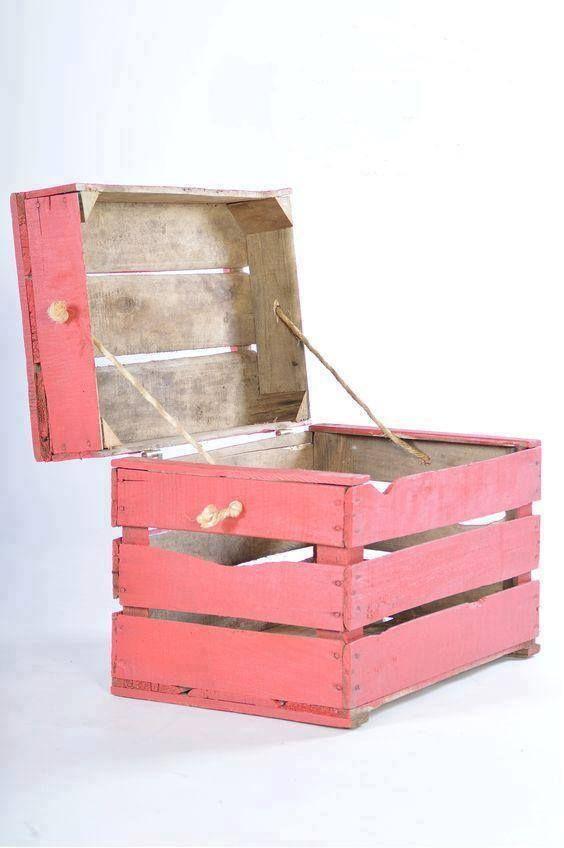 Reciclando cajas en baul