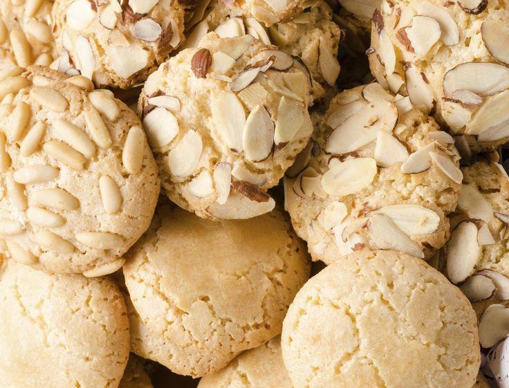Almond butter cookies. (Cookies cu unt de migdale. Nu necesita coacere!)