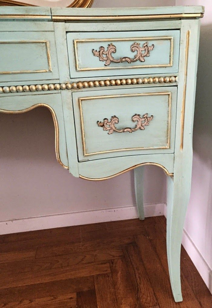 D.D.'s Cottage and Design: French Vanity