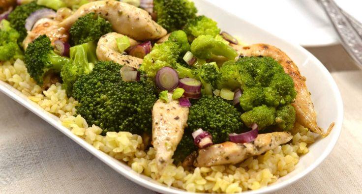 Brokkolis csirkesaláta bulgurral recept