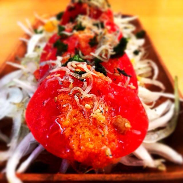 トマト×新玉ねぎ×じゃこ♥︎ - 8件のもぐもぐ - おもてなしトマトサラダ by なつ