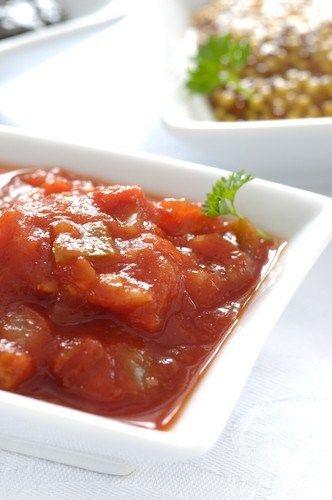 Сальса из перцев халапеньо и томатилло