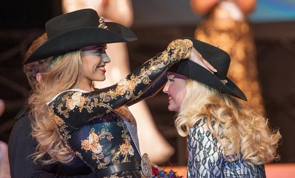 ❦ Dec. 9, 2013: [Reigning 2013 Miss Rodeo America Chenae Shiner, Miss Rodeo…