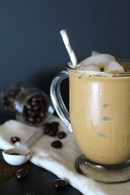 A simple iced coffee recipe in less than 5 minutes.