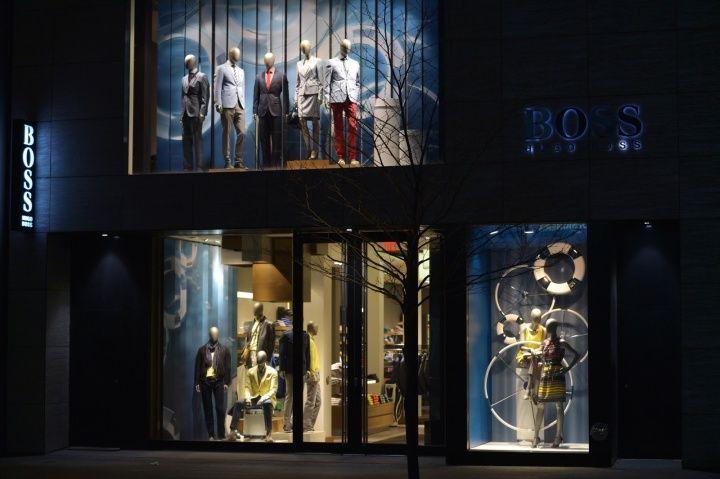Hugo Boss windows 2013, Toronto – Canada »  Retail Design Blog