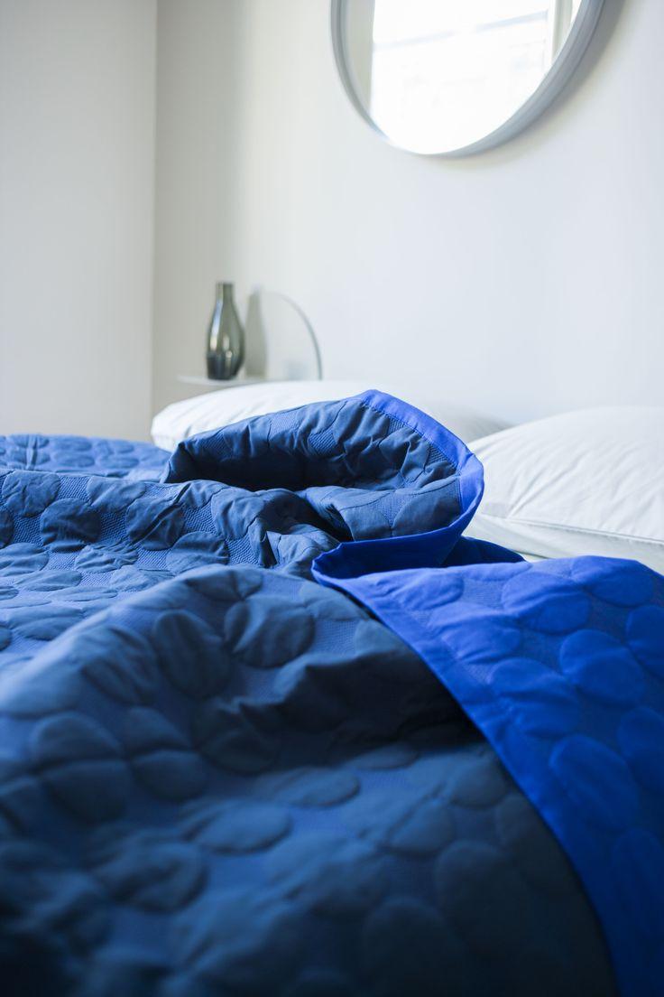 Mega Dot bed cover.
