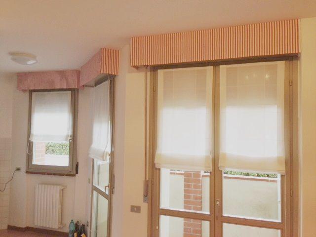 Oltre 20 migliori idee su tende a soffitto su pinterest - Tende in lino per cucina ...
