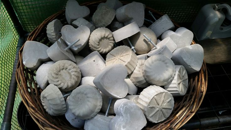 Cement door knobs.hearts,rose,sunburst and half rounds.