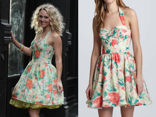 AnnaSophia Robb filming season 2 of The Carrie Diaries wearing a vintage-style floral halterneck dress by Alice + Olivia