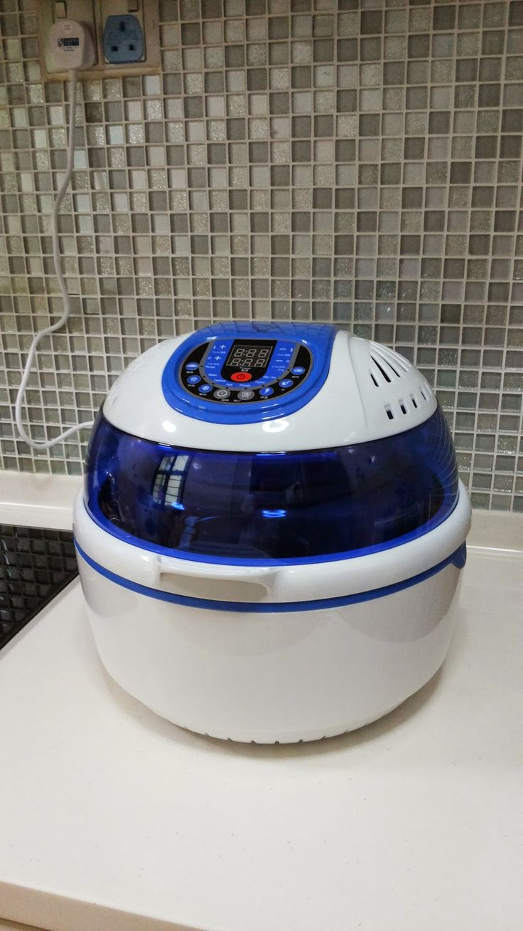 Food Sharing with Little One Buffalo Smart Air Fryer