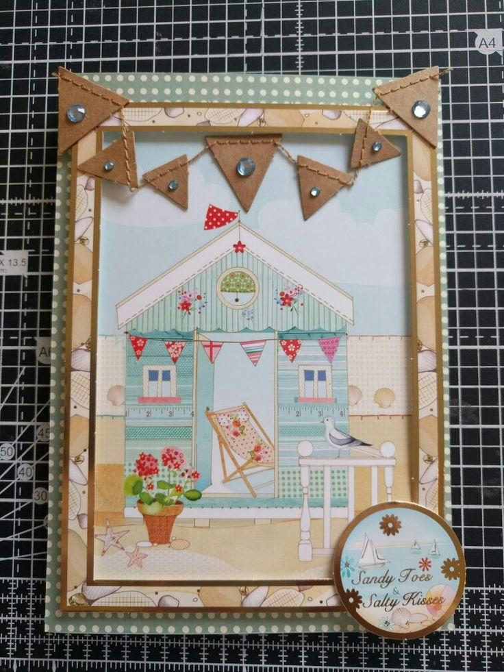 Hunkydory Crafts Sun Sea and Sandcastles Collection. Beach hut card with Kraft card bunting.