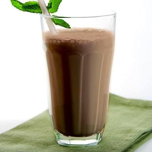 The Mint Cookie 2 scoops of Arbonne Chocolate Protein Mix 1 scoop of Arbonne Daily Fiber Boost 1 cup of unsweetened almond milk or water 7 fresh mint leaves OR 1/4 tsp. of natural mint extract 7-10 ice cubes 1 Arbonne Digestion Plus stick pack (optional) Crushed almonds (optional) Blend and enjoy! Mmmmmm
