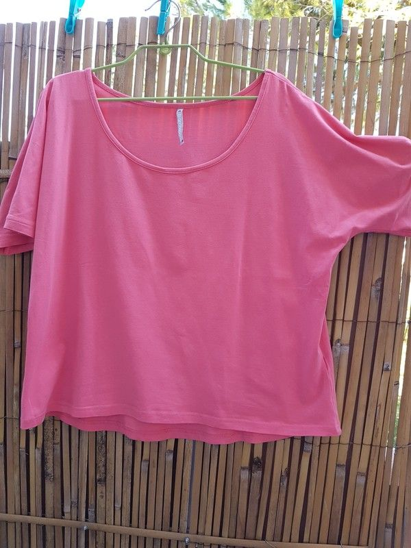 t shirt rose ample taille 44