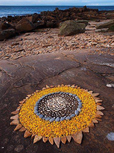 69 best nature mandalas images on pinterest mandalas school and land art - Mandala nature ...