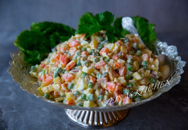 Ruska salata är en krämig och smarrig potatissallad med lite gott och blandat i. En festlig sallad som äts i många länder runt om i världen.
