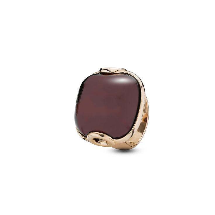 House of Amber - Charming ring in rose gold sterling silver and cherry amber. The marvellous ring has a lovely design and is a part of the Enlightened Enamel Collection.