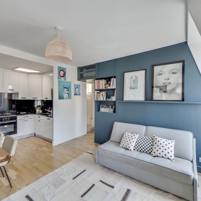 Visite Deco Vivre En Famille Dans Un 37m2 Salle A Manger Bleue Lustre Salon Couleur Salon