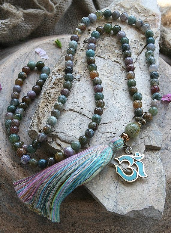 Mala necklace made ​​of 108, 8 mm - 0.315 inch, very beautiful jasper gemstones and decorated with a handmade Nepalese OM pendant - look4treasures on Etsy