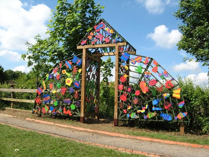garden entrance - Garden Art Ideas For Kids