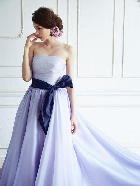 大人の魅力を漂わせたい♡着たら誰でも〔大人可愛くなれるカラードレス〕色別まとめ*にて紹介している画像