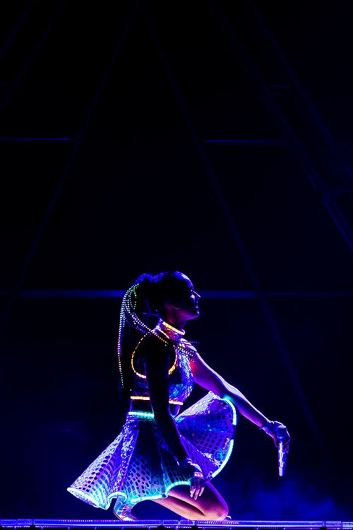 Katy Perry – The Prismatic World Tour