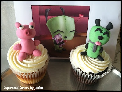 Invader Zim cupcakes!! Pig and Gir: Beautiful Cupcakes, Invaders Zim, Character Cupcakes, Zim Cupcakes, Birthday Parties, Pigs Cupcakes, Awesome Cupcakes, Grrr Cupcakes, Cupcakes Rosa-Choqu
