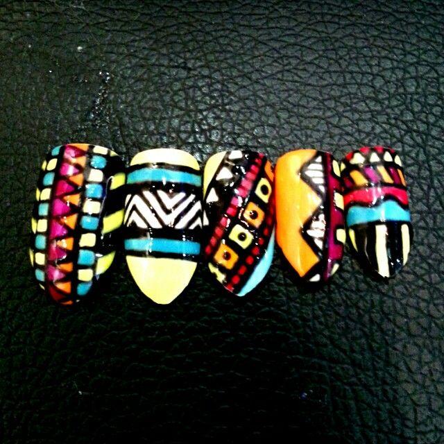Gelish Aztec Design