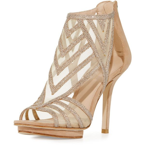 Pelle Moda Reade Glitter Fabric Platform Sandal ($104) ❤ liked on Polyvore featuring shoes, sandals, heels, gold, fleece-lined shoes, open toe sandals, synthetic shoes, glitter platform sandals and glitter platform shoes