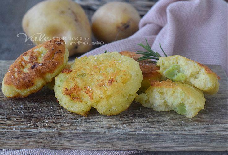 FRITTELLE DI PATATE e broccoli ricetta facile e velocissima, ricetta facile con verdure, ricetta con le patate golosissima e velocissima.