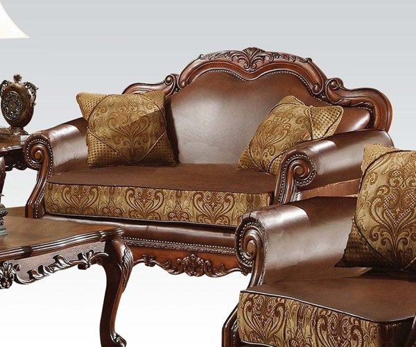 Acme Loveseat With 2 Pillows Dresden Collection