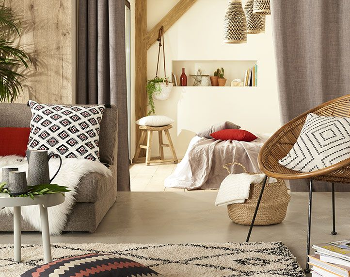 27 best d co ethnique images on pinterest back porches berber carpet and boho - Coussin ethnique noir et blanc ...