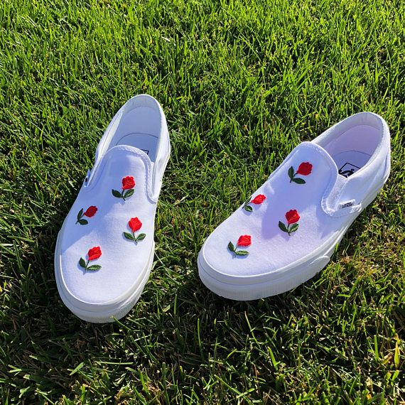 All White Slip On Vans Mini Rose Shoes – Outfits