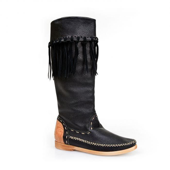 Giemme Кожаные черные сапоги с декоративными кисточками от бренда Giemme